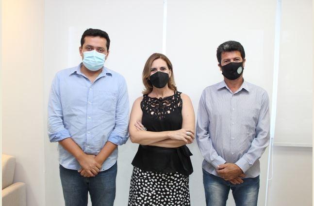 Prefeito eleito de Miracatu  pede apoio de Rosana Valle