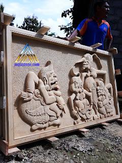 Relief hiasan untuk tempel dinding gambar motif wayang Punokawan