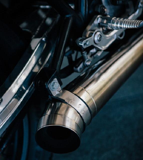 Yamaha SR400 độ Cafe Racer