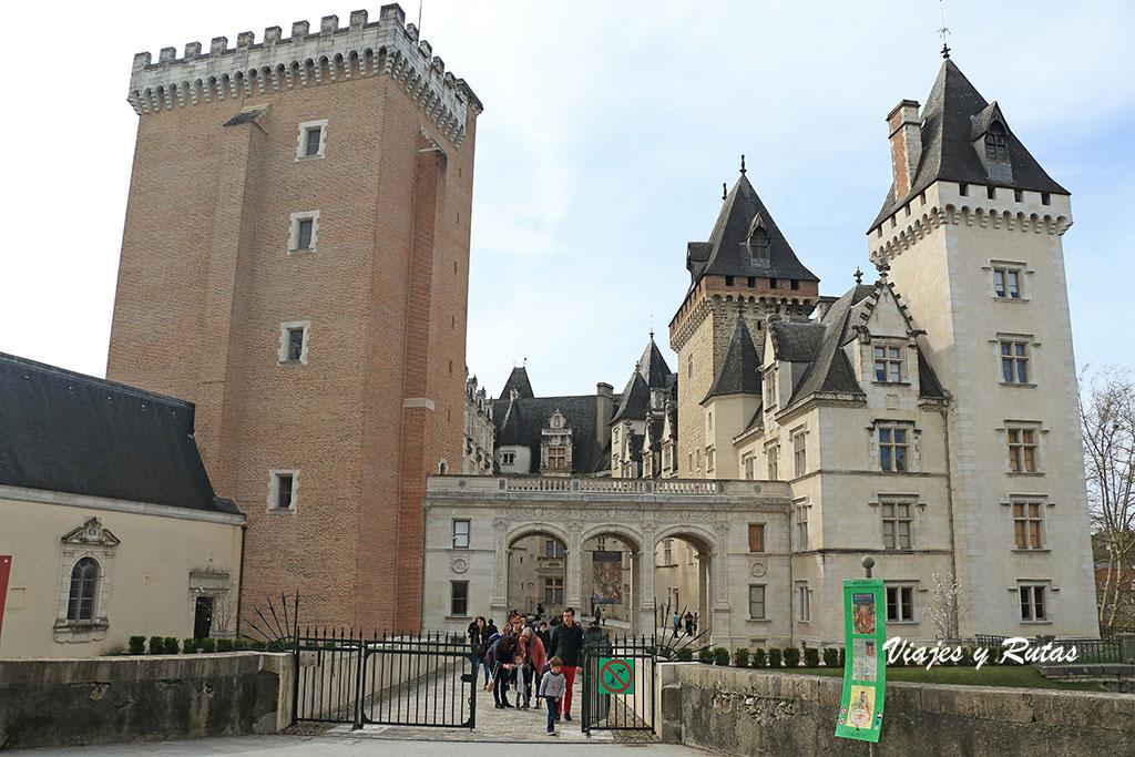 Vista general del Castillo de Pau