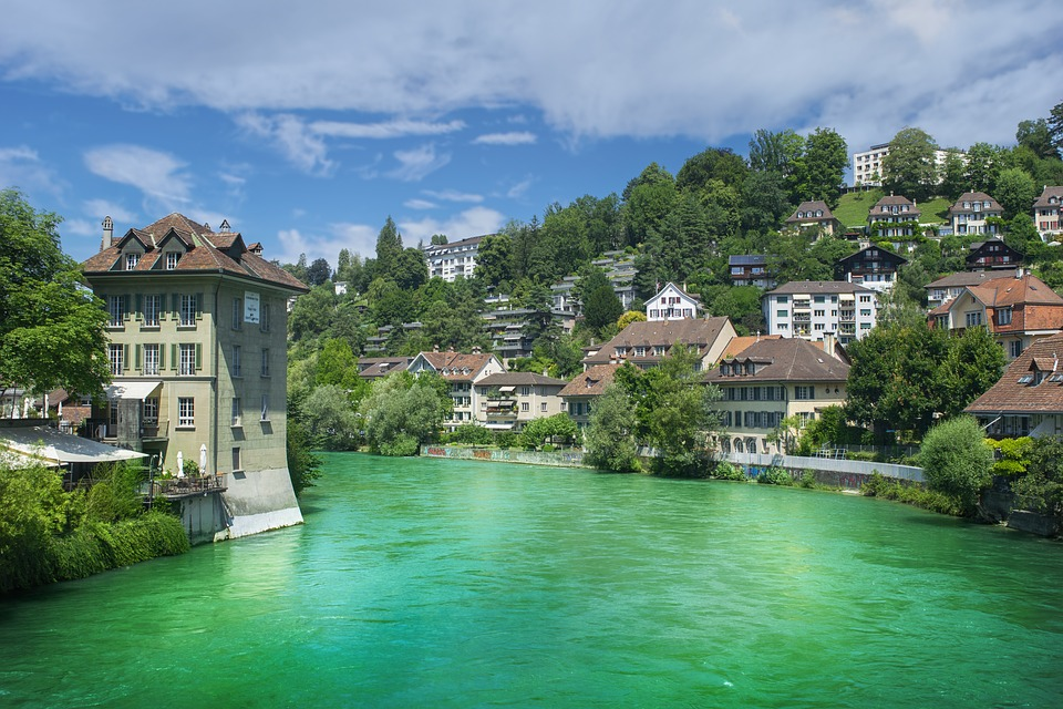 Amazing Facts of Switzerland  in Hindi | स्विट्ज़रलैंड के बारे में जानकारी