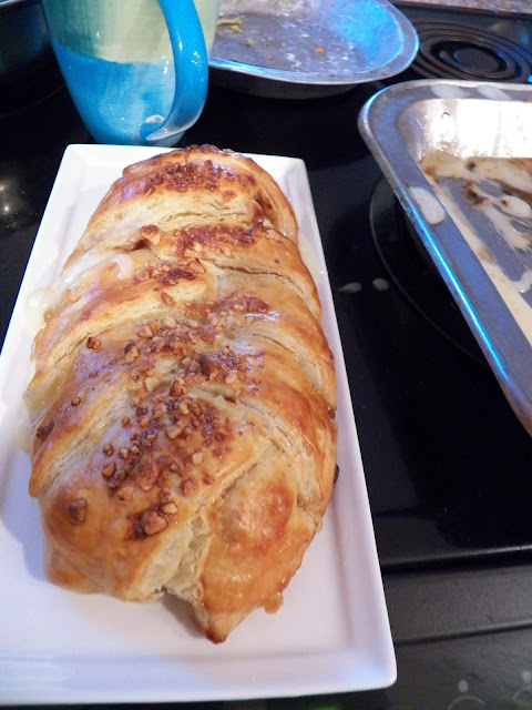 Brie with Currant Jelly and Nuts in Puff Pastry