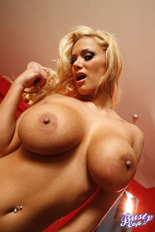 free huge dildo galleries