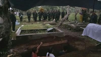 Pemakaman Simbah Saring Sudibyo