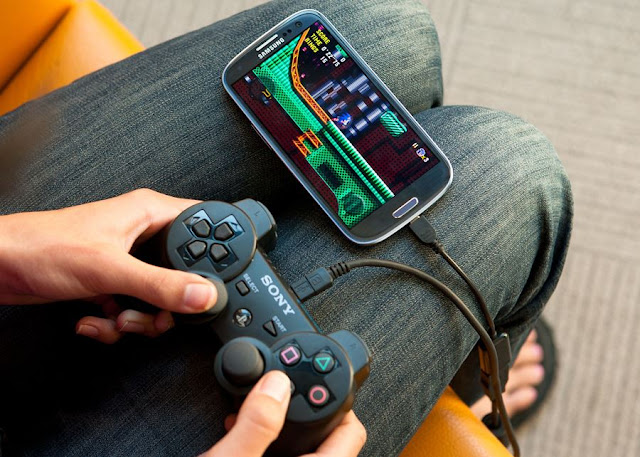 Play Games using USB enabled Gamepad