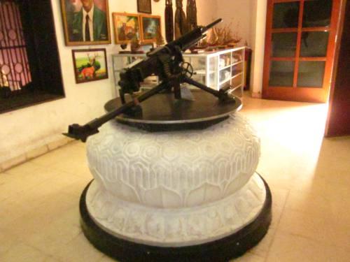 Koleksi senjata yang digunakan semasa perjuangan