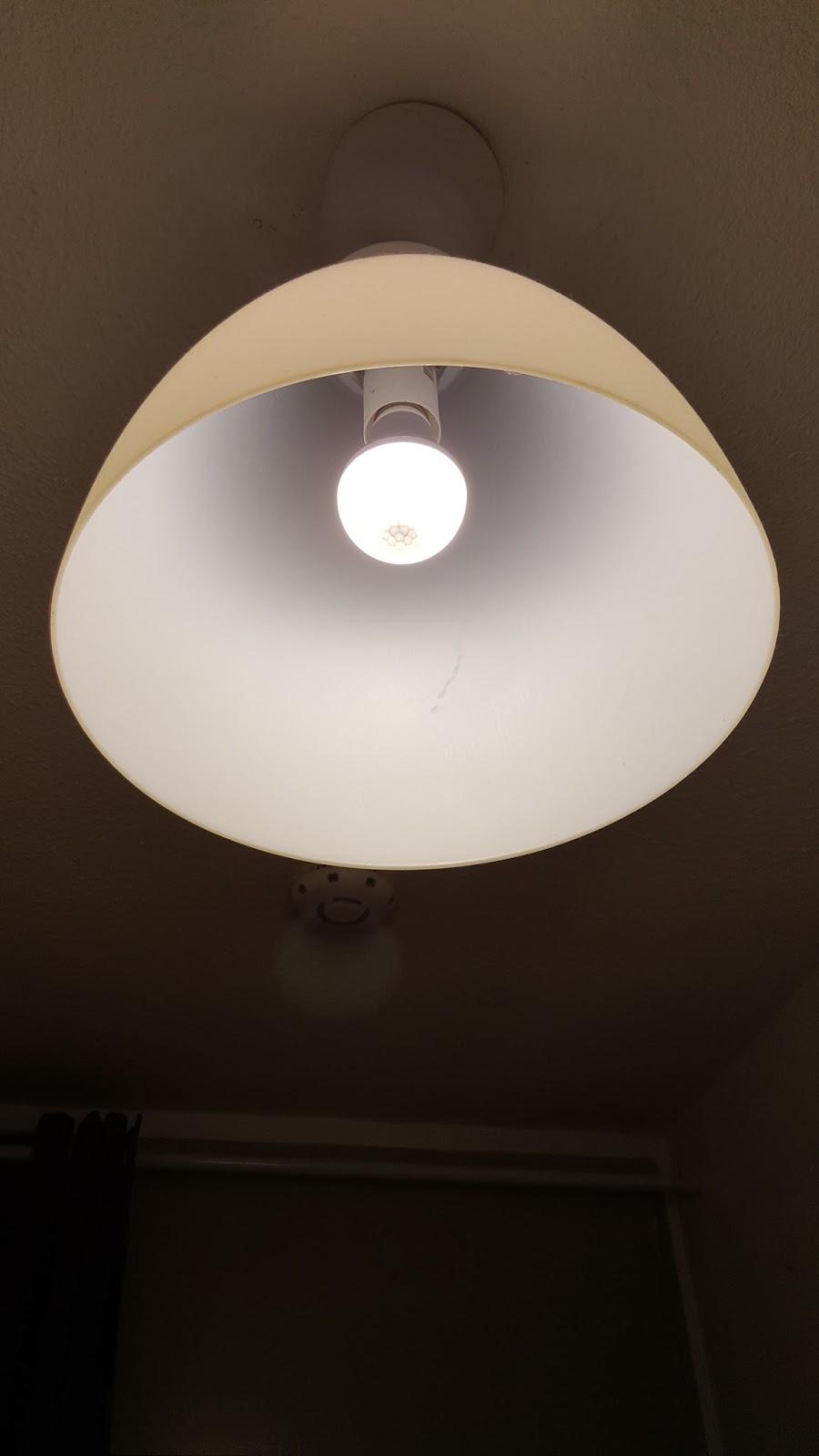 lahr2006 testet kingso e27 7w bewegungsmelder gl hlampe pir led leuchtmittel infrarot. Black Bedroom Furniture Sets. Home Design Ideas
