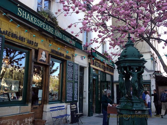 lugares bonitos de París, librería