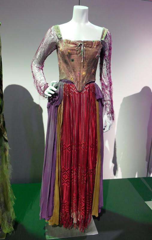 Sarah Jessica Parker Hocus Pocus Sarah costume