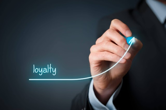 THE WAYS TO RETAIN CUSTOMER LOYALTY