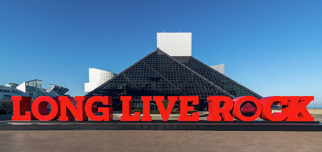 Rock And Roll Hall Of Fame (Cleveland, OH)