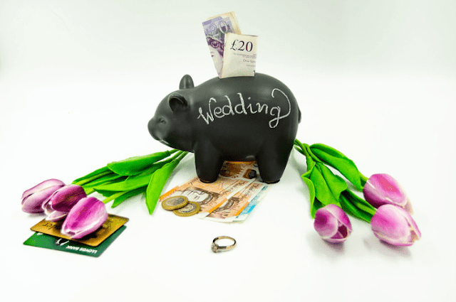 How to Save Wedding Costs