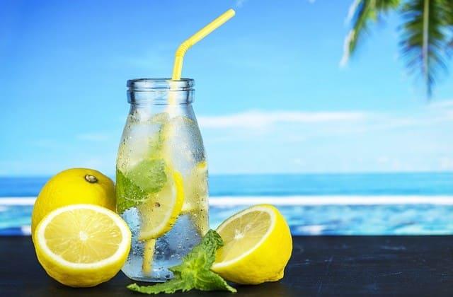 Mau daya tahan tubuh tetap terjaga Konsumsi lemon saja!