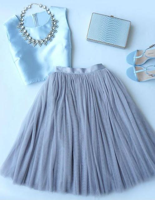 falda tul celeste