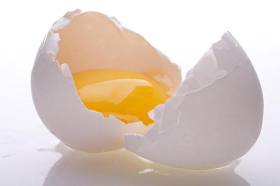 Cách trị nám da mặt hiệu quả bằng lòng trắng trứng gà