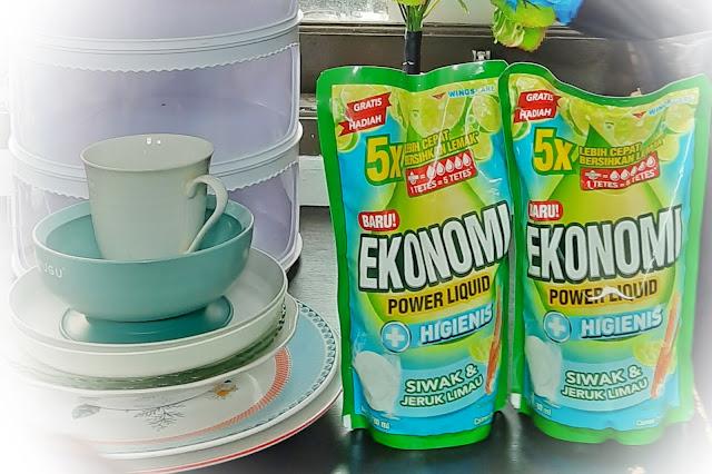 Cara Ibu Mencuci Piring Dengan Bahagia Ekonomi Power Liquid Siwak & Jeruk Limau
