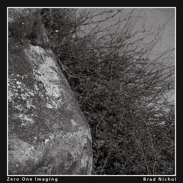 Test of Super Resolution using Canon 300D, monochrome, rocks.