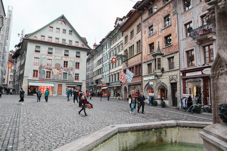 Piazza nel centro di Lucerna