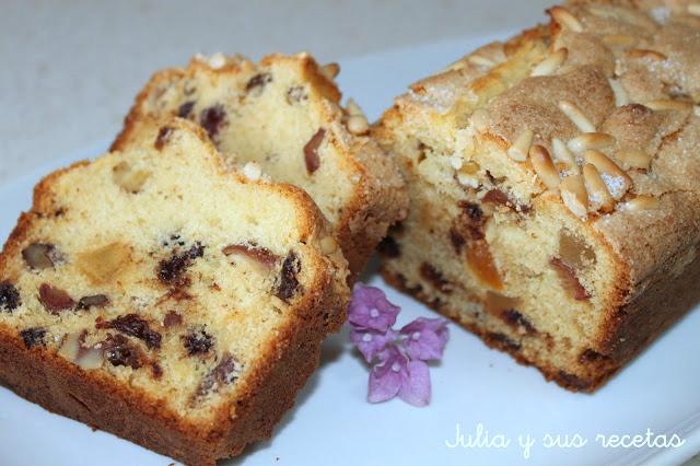 Plum cake de frutos secos y fruta escarchada. Julia y sus recetas