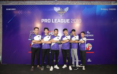 [Mobile Legends: Bang Bang] Chứng kiến pha thi đấu đậm chất giải trí của DNB, khán giả cười hết cả buổi chiều