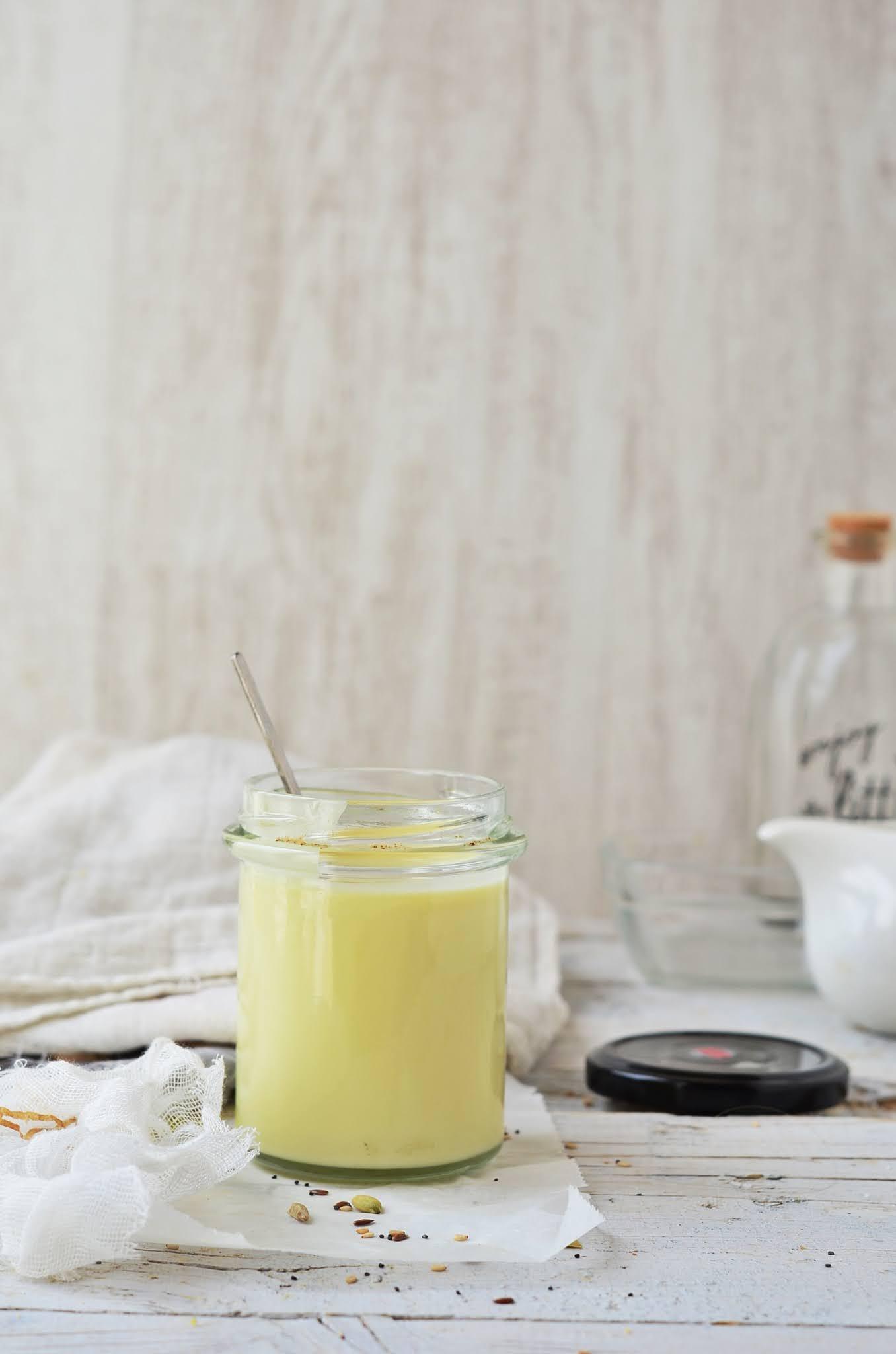 4 clases diferentes de recetas de leche condensada casera: con leche, vegana, con thermomix y con leche en polvo