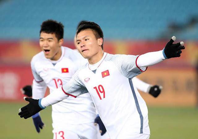 Chiều cao của cầu thủ Quang Hải 2
