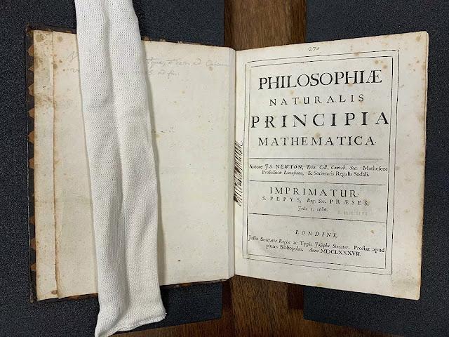 Princípios Matemáticos de Isaac Newton