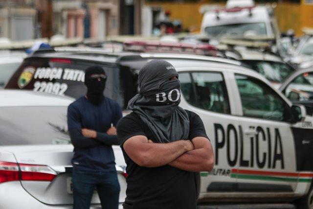 Motim de policiais no Ceará