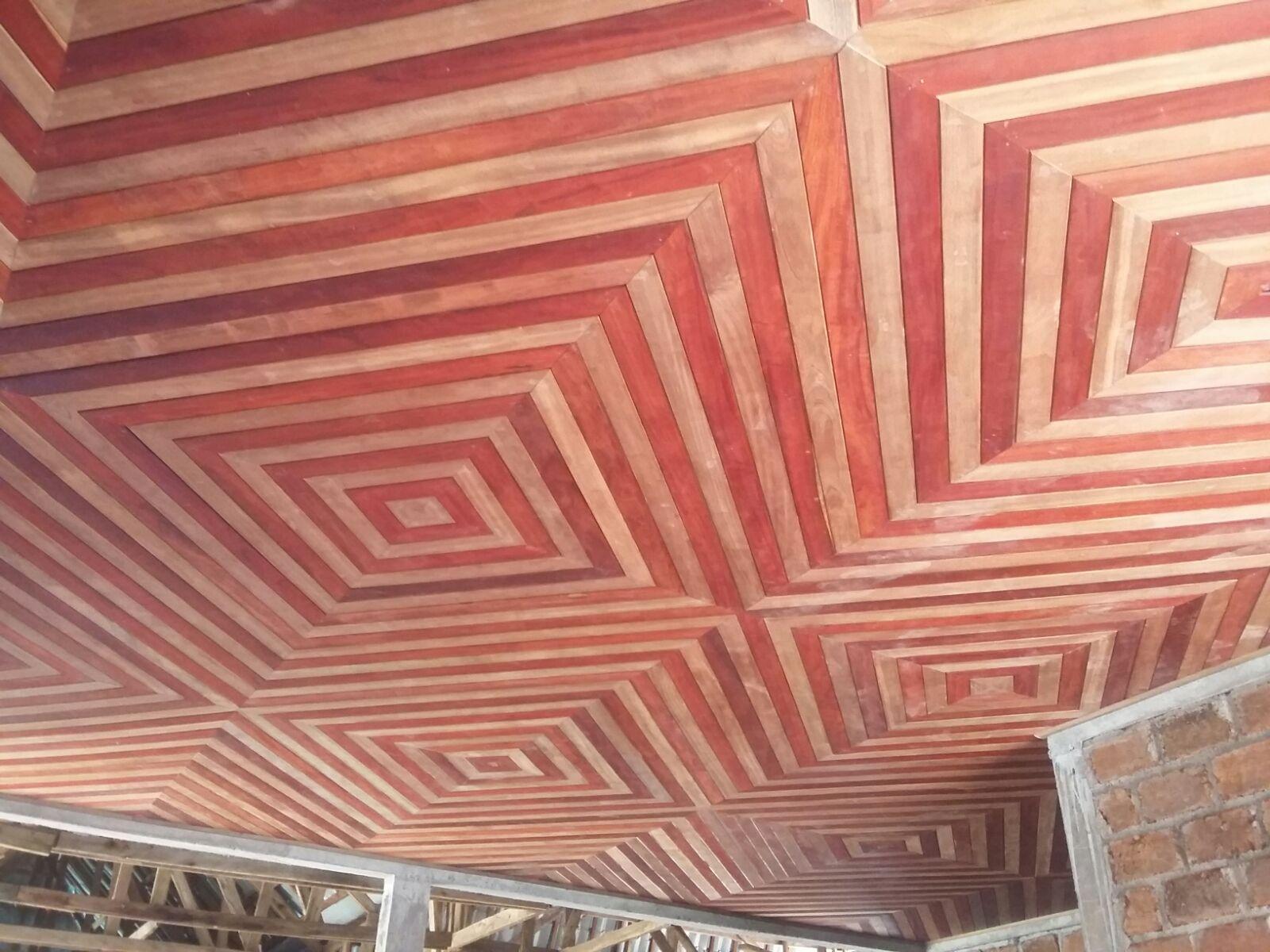 case patrimoniale chefferie bapa suivez l 39 volution du chantier plafonds du mus e. Black Bedroom Furniture Sets. Home Design Ideas