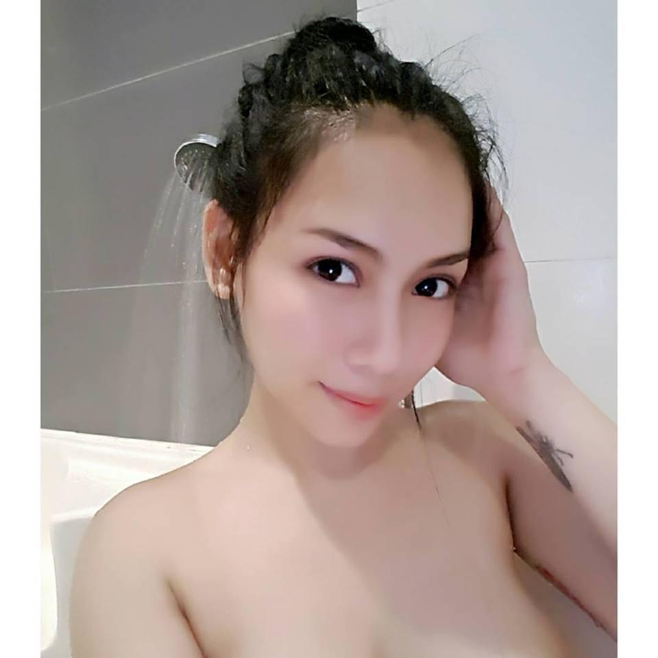 asian nude eldre dame søker yngre menn