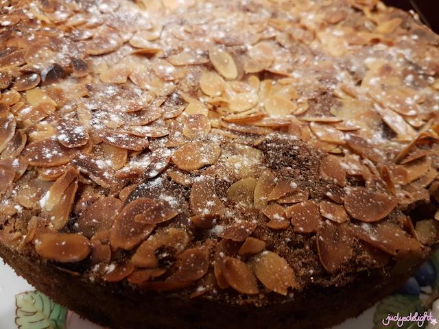 Haferflocke-Kirsch-Kuchen