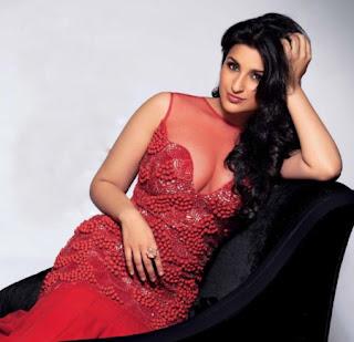 Parineeti Chopra and Sidharth Malhotra's hottest photoshoot ever.