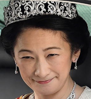 diamond scroll tiara empress michiko japan crown princess kiko