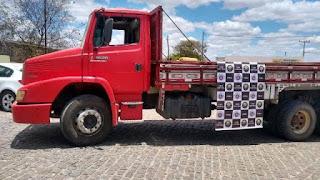 Caminhão roubado é recuperado