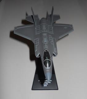 F-35 scale 1/100
