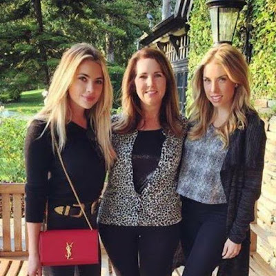 PLL actress Ashley Benson with sister Shaylene and mom