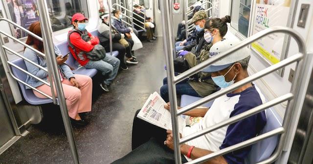Amit a metróban hazafelé olvasol a közösségi portálokon, annak lehet, hogy a fele sem igaz