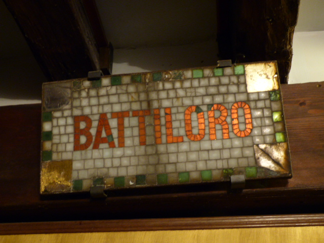Battiloro sign