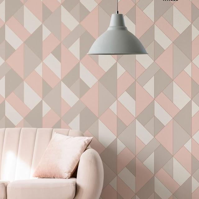 Wallpaper Dinding Ruang Tamu Elegan Motif Geometris Terbaru