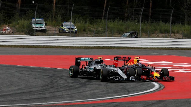 Rosberg : Penalti Yang Tidak Adil