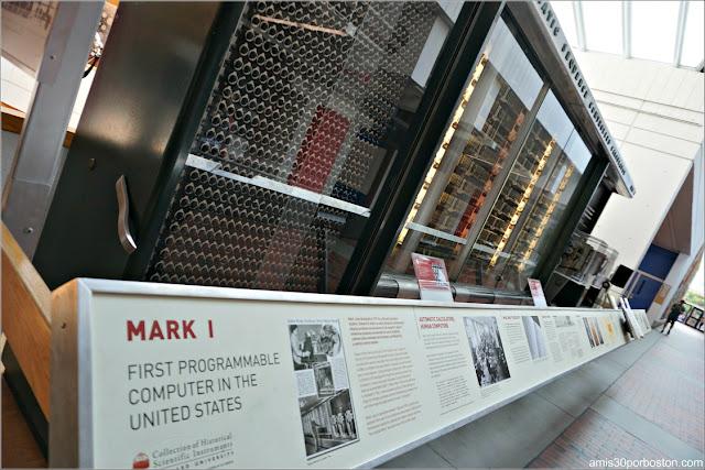 Harvard mark I en el Science Center de Harvard