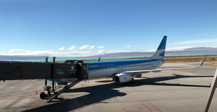 El Calafate Aeropuerto, Servicios