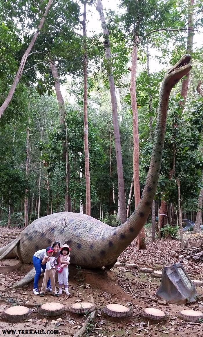 Jurassic Park Dinosaurs in Taman Botanikal Melaka