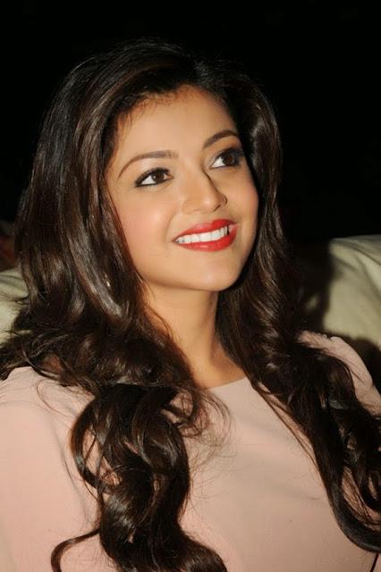 Bollywood Pics Pix4World: Kajal Agarwal Sizzling Hot Gifs