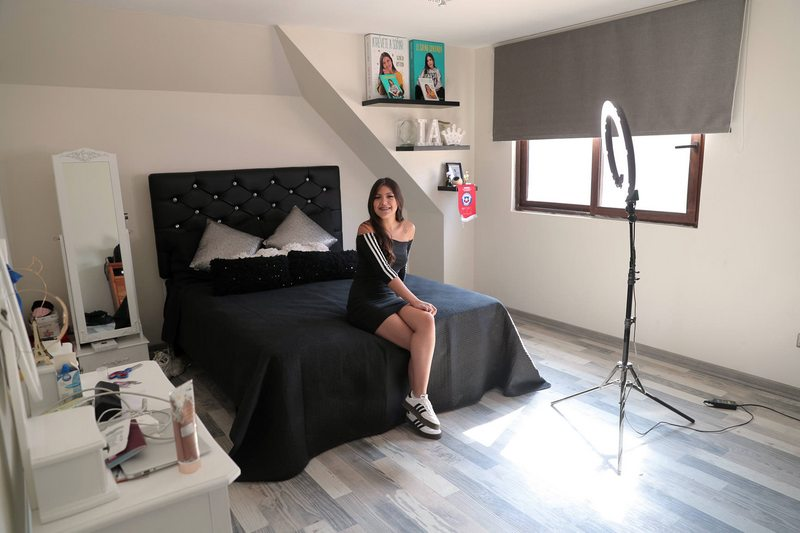 Ignacia Antonia en su nueva pieza XL