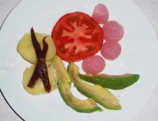 ensalada con rabanitos cocidos