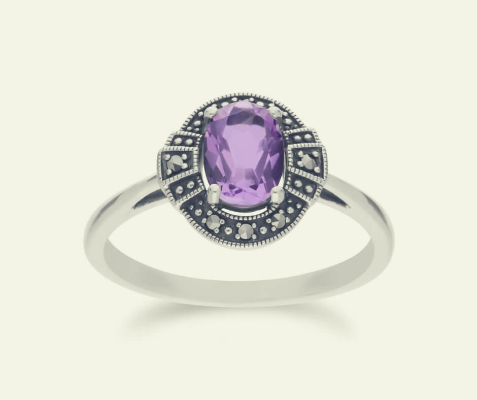 Christmas Gift Ideas For Your Mother In Law | An oval amethyst, sterling silver, ring that won't cost the earth.
