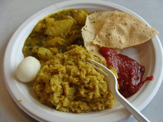 Khichudi with Papad, Labra and Chaatni