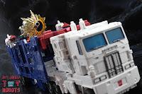 Transformers Kingdom Ultra Magnus 70