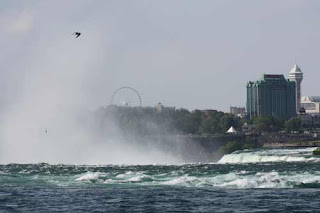 Rapids At The Top Of The Horseshoe Falls.